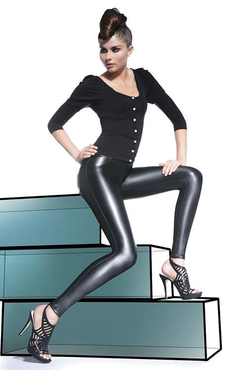 Černé lesklé kalhotové legíny