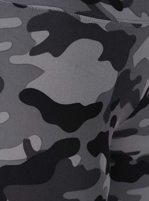 Dámské legíny s vojenským vzorem