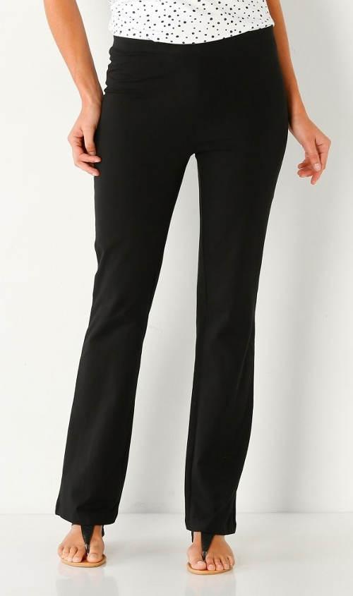Černé kalhotové legíny