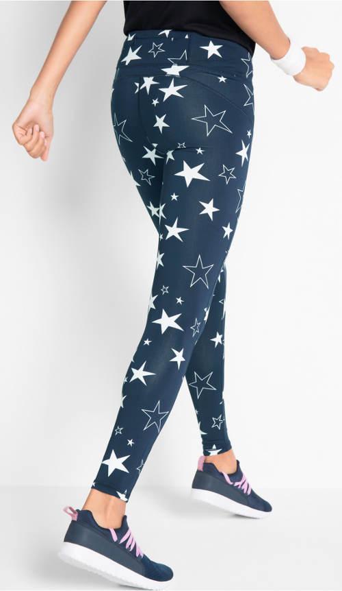 Modré legíny s bílými hvězdičkami