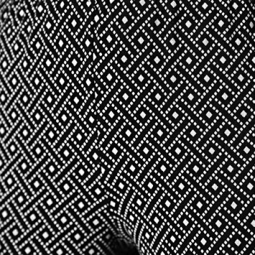 Legíny s geometrickým vzorem