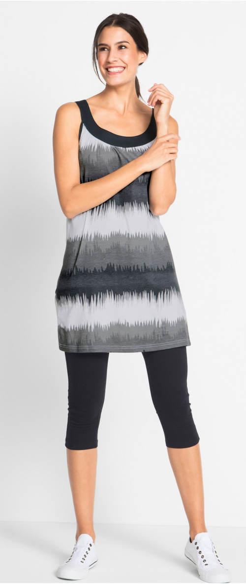 Šaty a capri legíny