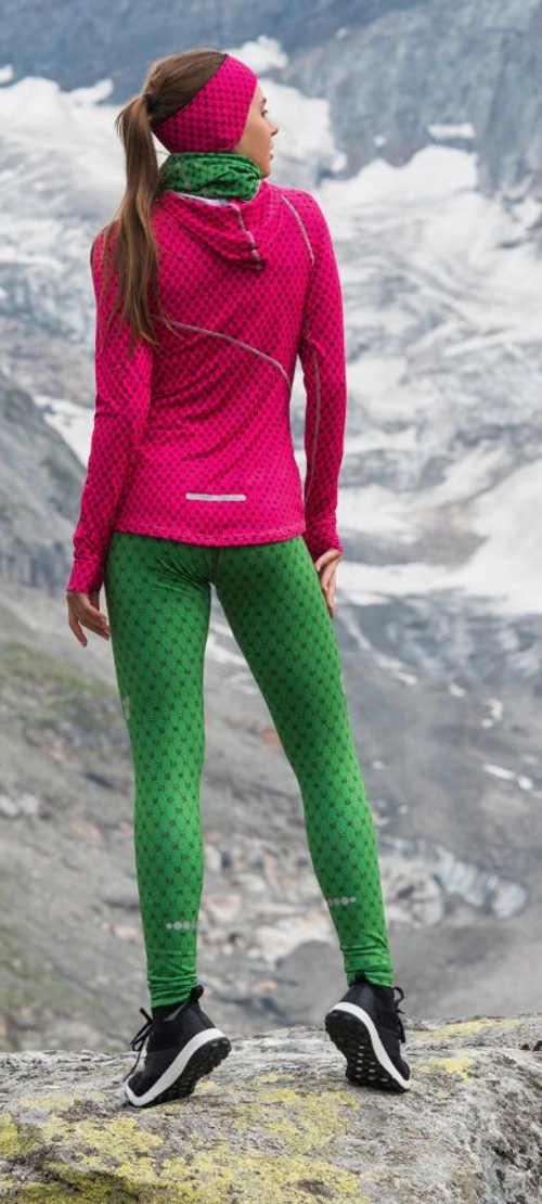 Zelené legíny na zimní běhání