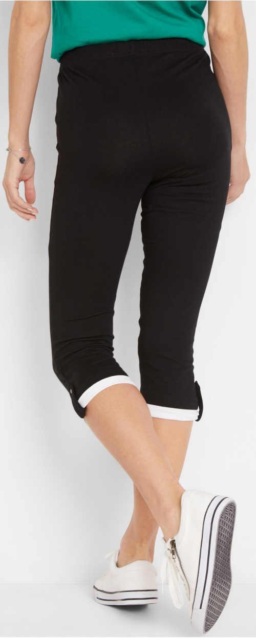 Černé capri legíny s ohrnutím na konci nohavic