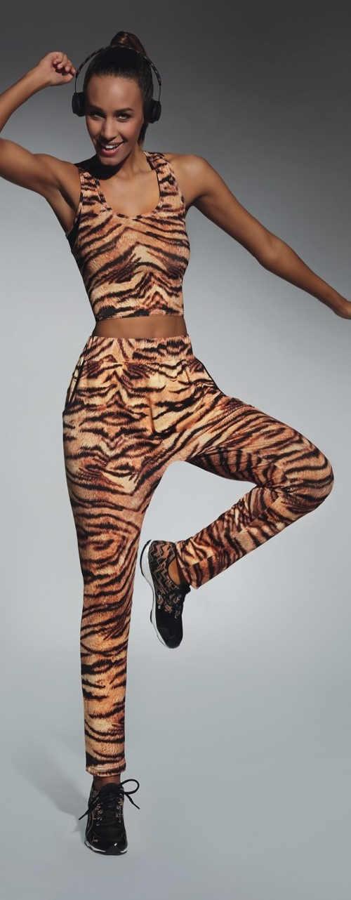 Hnědé sportovní legíny s tygřím vzorem