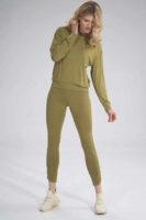 Moderní dlouhé dámské legíny s efektivním řasením na nohavicích
